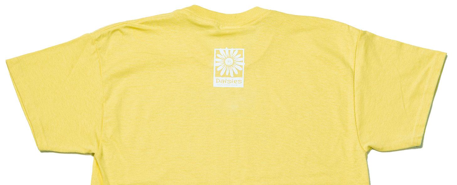 Daisies t shirt adult medium item 082583 for Adult medium t shirt
